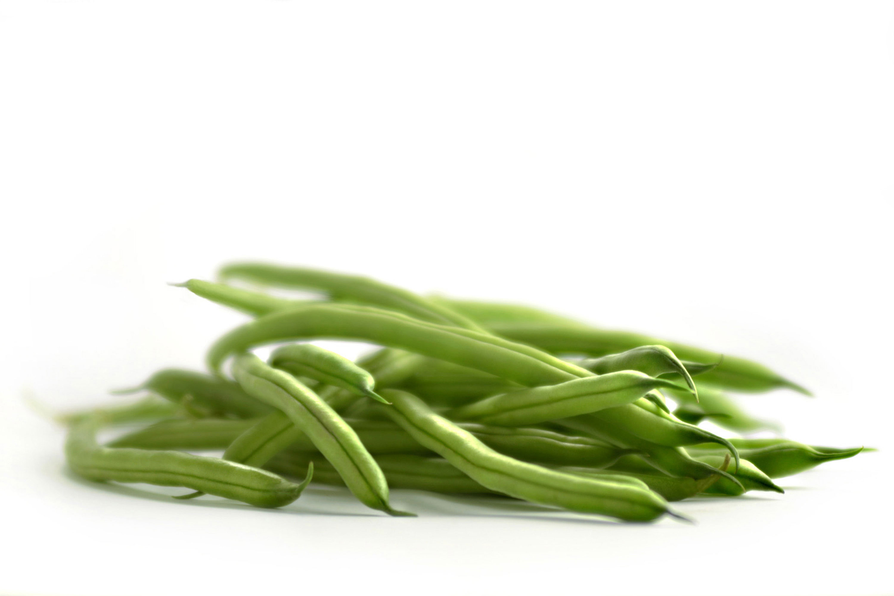 Beautiful-produce-photography-of-fresh-raw-green-beens