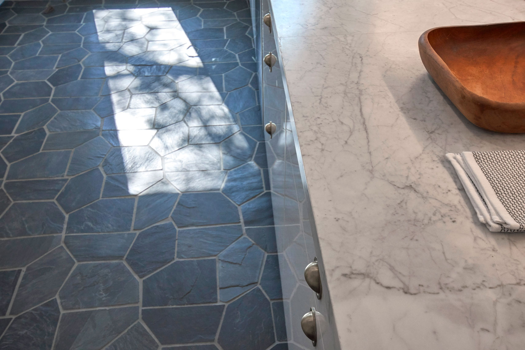 Kitchen-slate-floor-and-marble-counter-detail-by-Los-Angeles-architecture photographer.